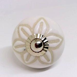 KOH11 Shabby White Etched Flower Knob