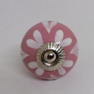 KOH2 Pink Knob/ White Hearts